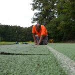 Comencen els treballs de millora del paviment de la pista d'atletisme d'Olot
